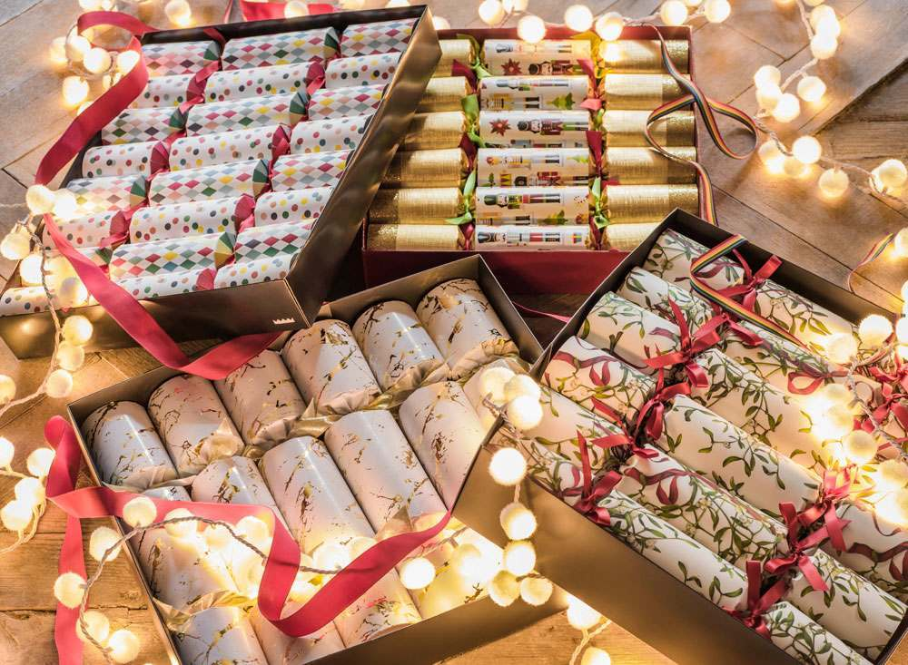 Christmas Crackers And Poppers