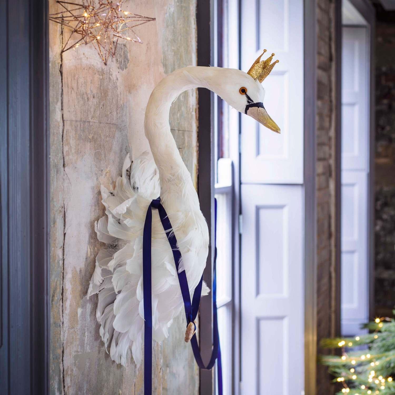 Majesty Swan Head Wall Decoration
