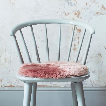 Round Rose Sheepskin Seat Pad