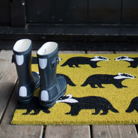 Kissing Badgers Doormat - Thumbnail