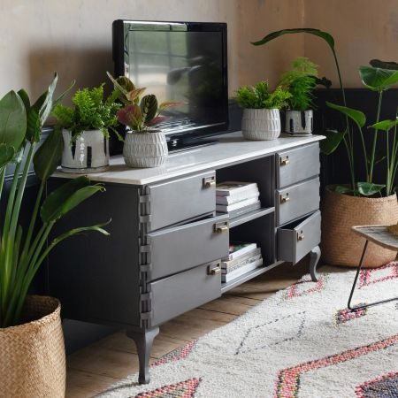 Mikko TV Stand