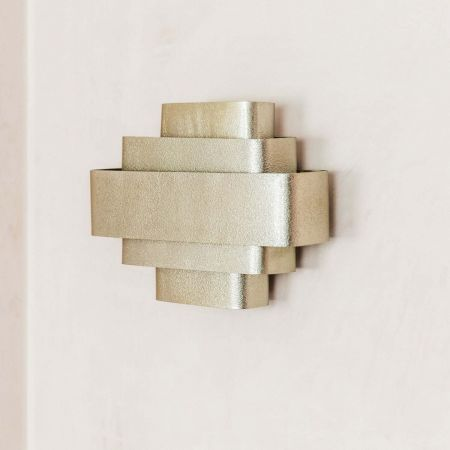 Kuri Wall Light