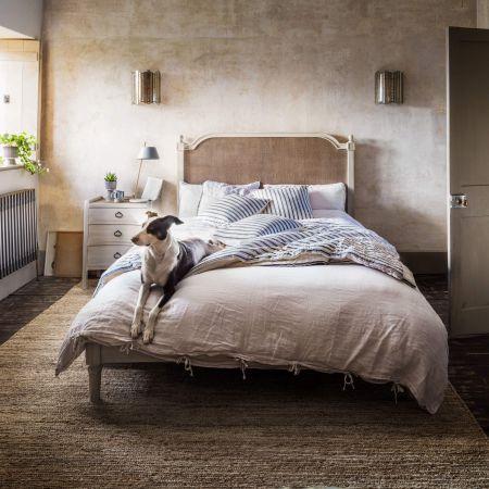 Alva King Size Bed