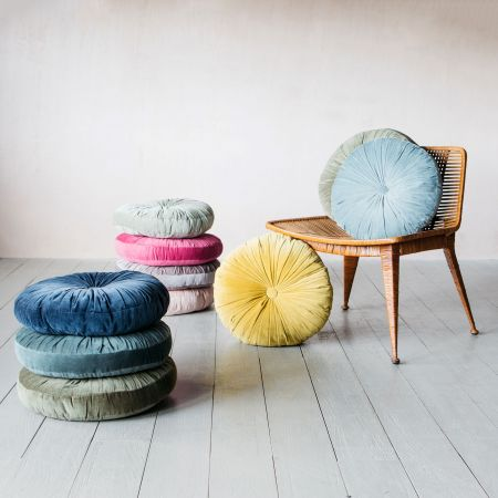 Round Ruched Velvet Cushions