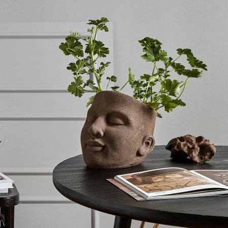 Emil Large Face Planter