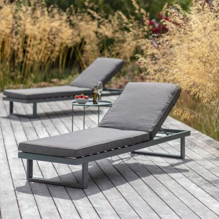 West Strand Outdoor Lounger