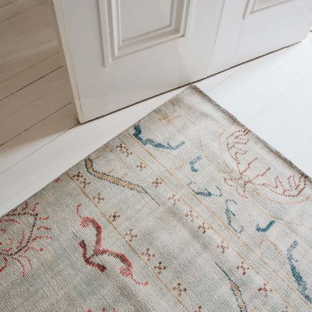 Everly Hand-knotted Rug