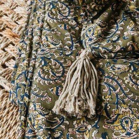 Tasselled Floral Quilt