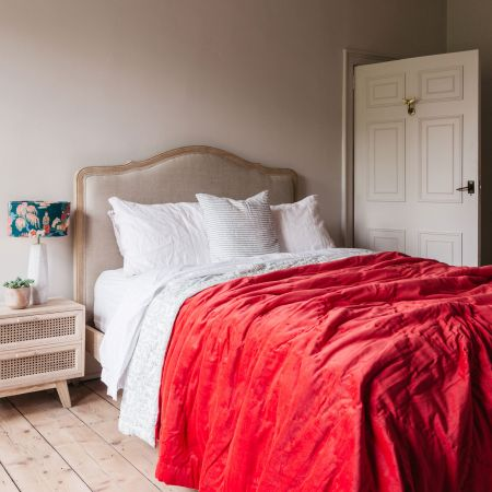 Coral Velvet Super King Size Quilt with Printed Reverse
