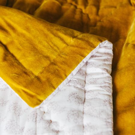 Mustard Velvet Super King Size Quilt with Printed Reverse
