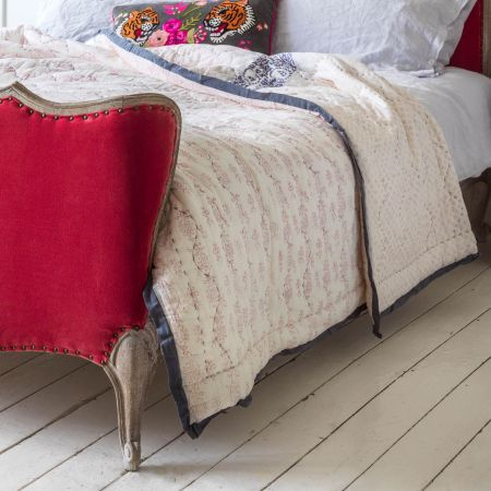 Lucinda Hand Printed King Quilt