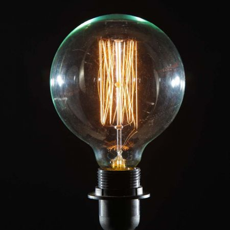 Retro Extra Large Globe Bulb - Screw E27 40W
