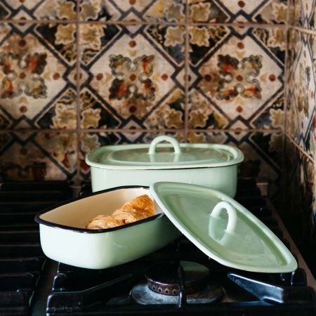 Enamel Casserole Dishes