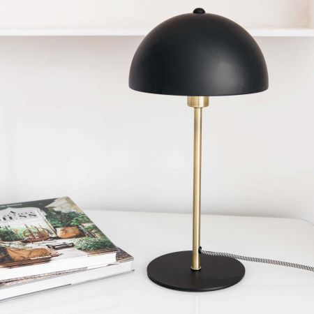 Black Bonnet Table Lamp