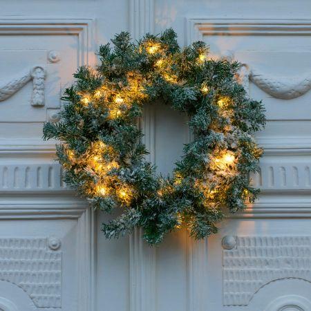 Snowy Spruce Light up Wreath