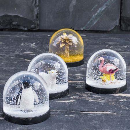 Snow Globes - Thumbnail