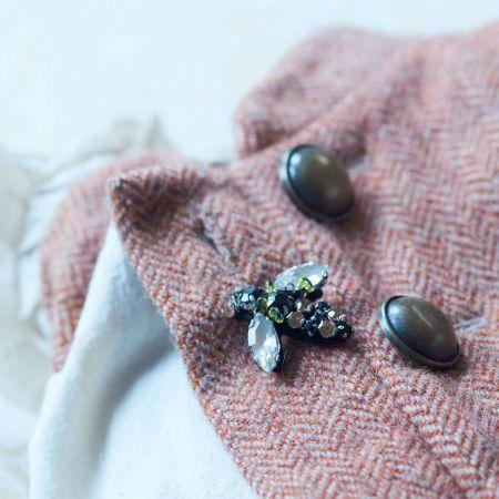 Sparkly Bee Pin - Thumbnail