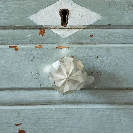 Antiqued Silver Round Star Door Knob