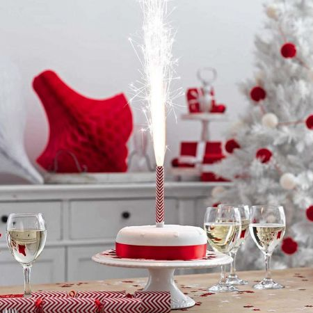Christmas Pudding Ice Fountain - Thumbnail