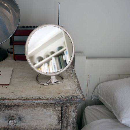 Otto Round Vanity Mirrors with Handle