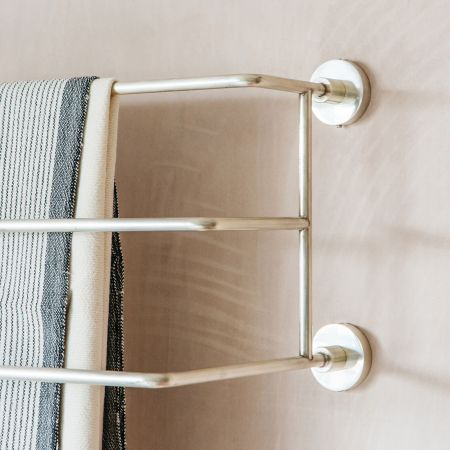 Trent Small Silver Mounted Towel Rack