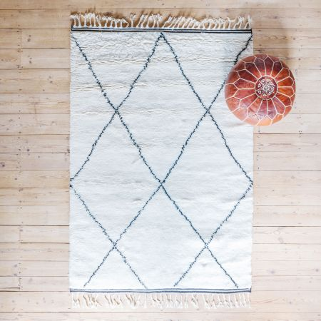 Lotte Hand-Knotted Rugs