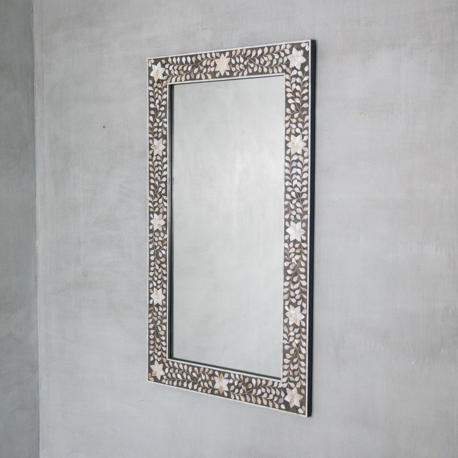 Maxi Mother Of Pearl Inlay Mirror In Grey Graham Green