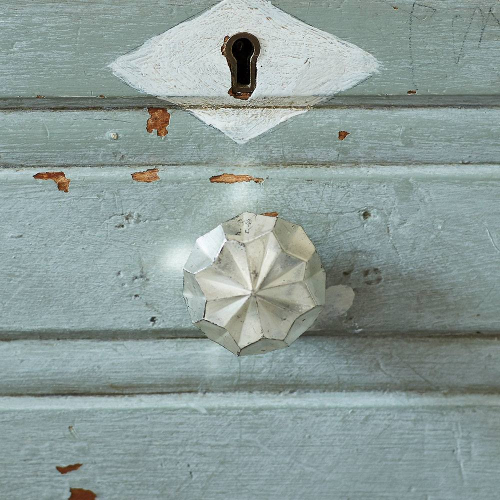 Antiqued Silver Round Star Drawer Knob