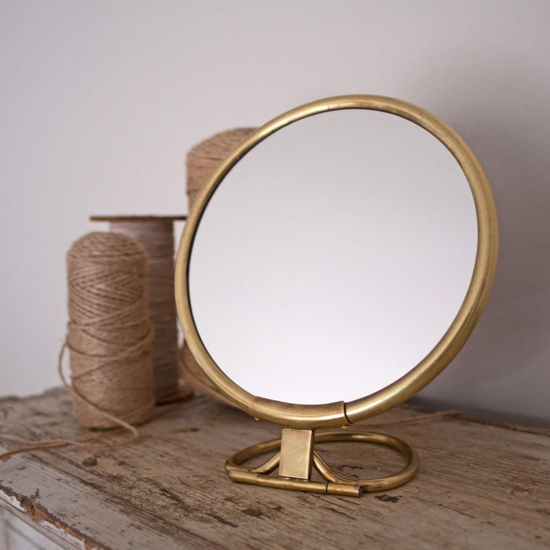 Otto Round Vanity Mirrors With Handle Graham Green