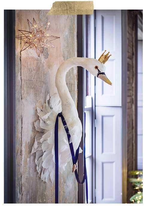 Majesty Swan