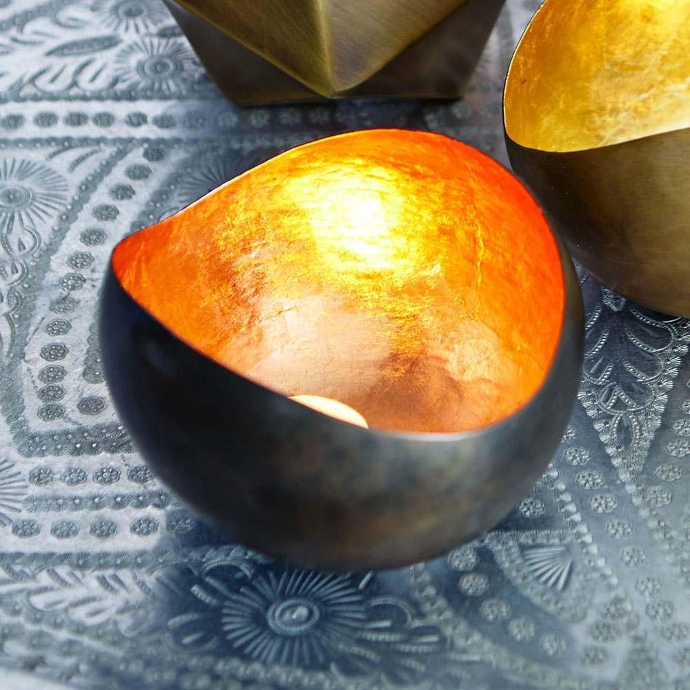 An image of Copper Round Tea Light Holder