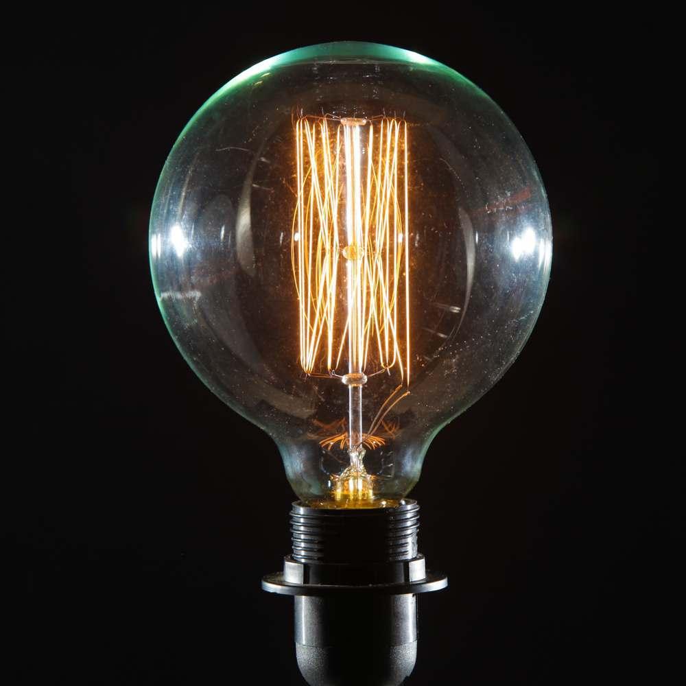 An image of Retro Extra Large Globe E27 40W Bulb