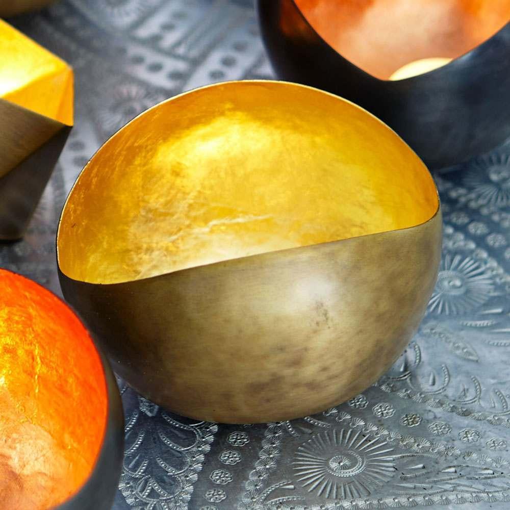 An image of Gold Round Tea Light Holder