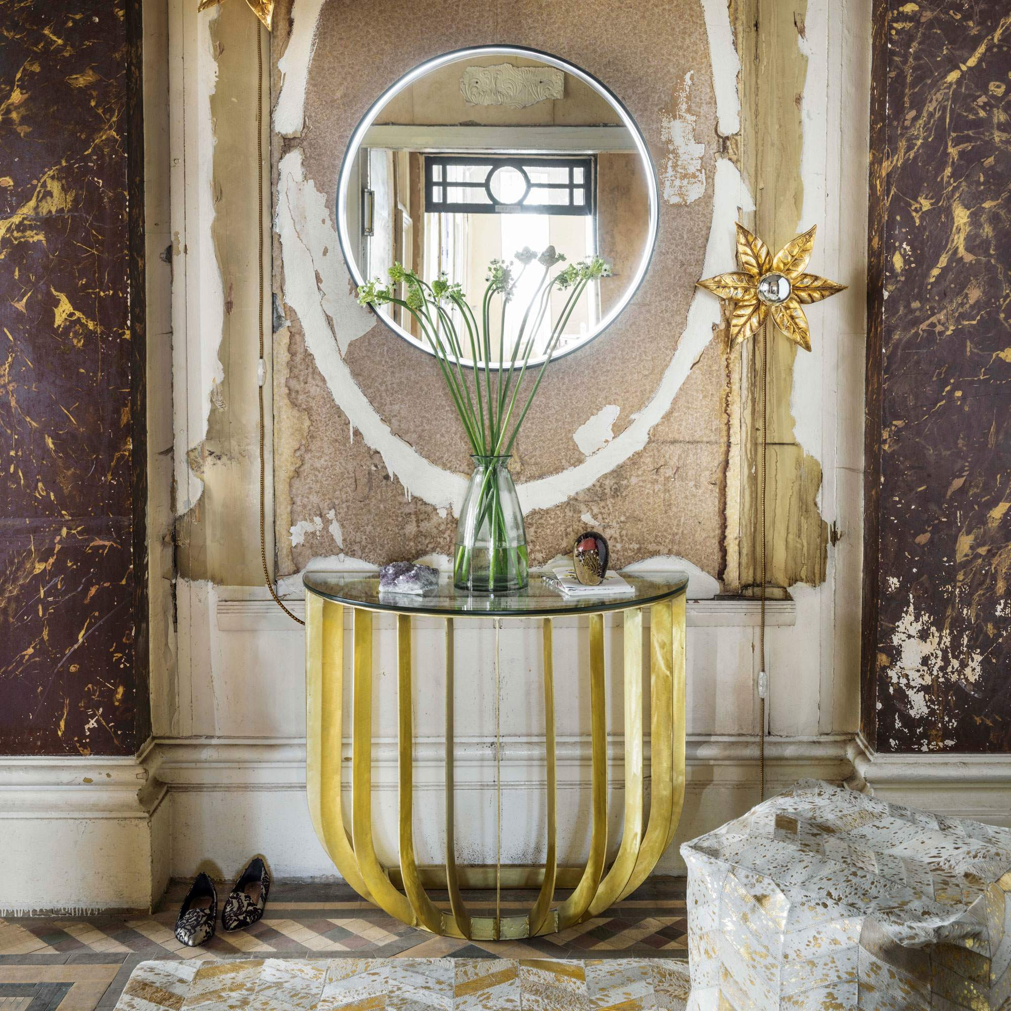 An image of Modica Console Table