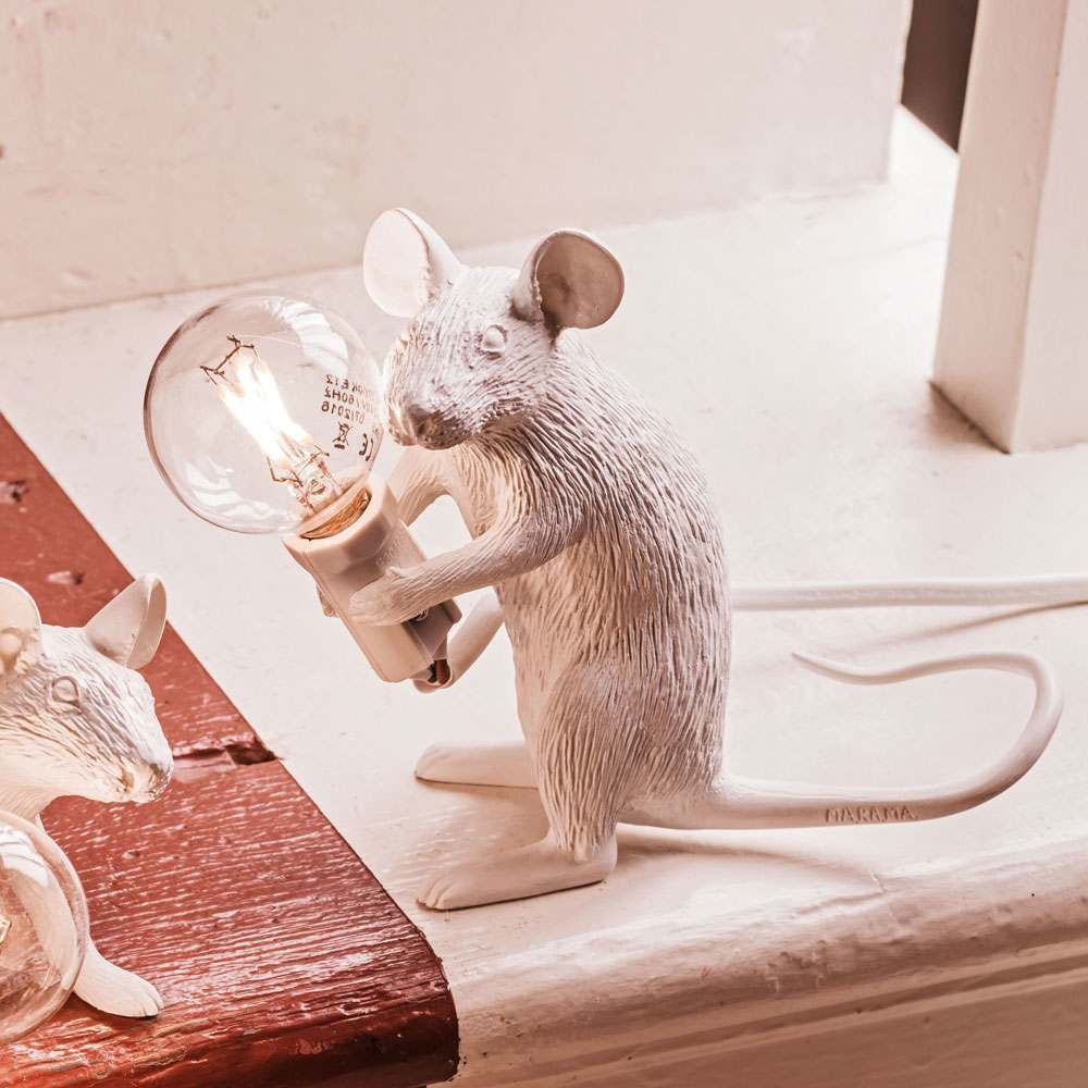 An image of Mouse Lamp Sitting